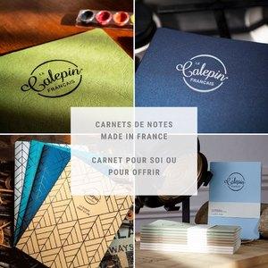 Opéra Print a créé Le Calepin français, le carnet de note fabriqué en France et imprimé sur papier entièrement éco-responsable, labellisé FSC ou PEFC.   Prenez plaisir à écrire, à prendre des notes, dessiner sur des pages aux intérieurs singuliers.